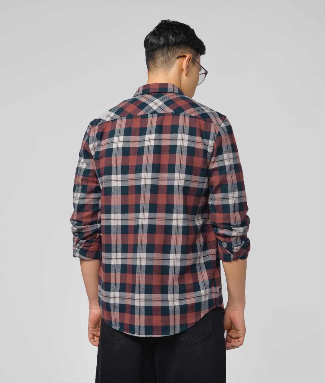 Men Long Sleeves Fitted Checked Shirt