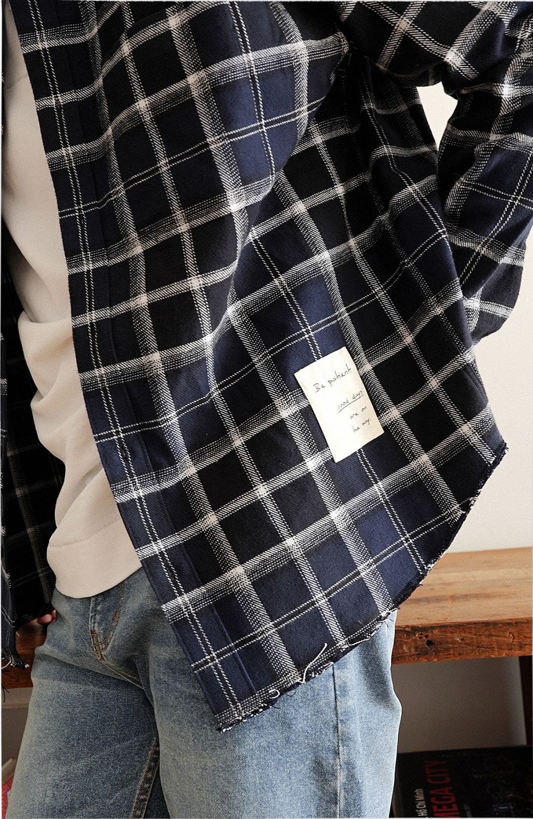 Men Long Sleeves Oversized Checked Jacket